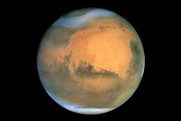 Marsovci dolaze Mars-Hubble